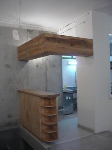 Bar et étagère